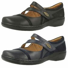 LADIES CLARKS BLACK,NAVY LEATHER MARY JANE STYLE FLAT SHOES EVIANNA CROWN
