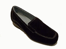 ARAVON BY NEW BALANCE ERICA BLACK SUEDE LOAFER Size 7 Med.   MSRP $124.99