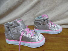 New Girls Toddler Skechers Twinkle Toes Heart N Sole 10405 Light Up Shoes (J338)