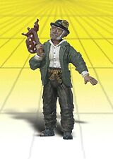Woodland Scenics - Hobo w/Red Pouch (G Scale)  - A2529