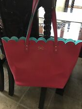 NWT BATH & BODY WORKS PINK 2016 MOTHER/S DAY L E TOTE BAG ONLY.