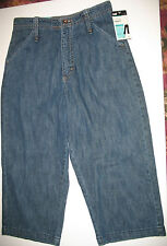 LEE - NWT - MID LENGTH CAPRI - SIDE ELASTIC WAIST -  JEANS  - 4 MEDIUM