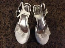 Kenneth Cole Reaction Girls Dress Shoes, White, Size 6 Med, EUC