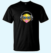 Cool Smiley Face  With Headphones & Shades Tongue Out Music Mens Funny T-Shirts