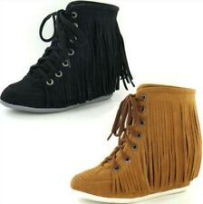 SALE LADIES SPOT ON FRINGED WEDGE LACE UP ANKLE BOOTS IN BLACK AND TAN F50036