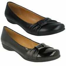 DISCOVERY BAY- LADIES CLARKS BLACK LEATHER SLIP ON CASUAL EVERYDAY FLAT SHOES