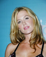 POPPY MONTGOMERY PHOTO OR POSTER
