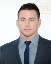 CHANNING TATUM IN BLUE SUIT CANDID HANDSOME PORTRAIT PHOTO OR POSTER