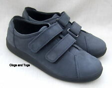 NEW CLARKS HERBIE NAVY BLUE NUBUCK LEATHER VELCRO SHOES WIDE FIT