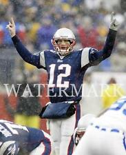 AM401 Tom Brady Quiets The Crowd In Snow Game Patriots 8x10 11x14 16x20 Photo