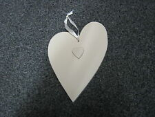 CREAM WOODEN DECORATIVE HANGING HEART - VERY GOOD CONDITION
