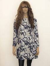 New womens black,white and navy floral design long sleeved swing dress size 6-20