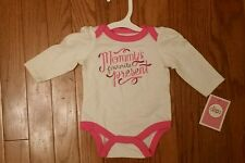"""NWT Baby Girls """"Mommy's Favorite Present"""" Pink Longsleeve Onesie FREE SHIPPING!"""