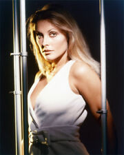 SHARON TATE COLOR PHOTO OR POSTER