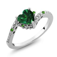 0.70 Ct Green Simulated Emerald and Simulated Tsavorite 925 Sterling Silver Ring