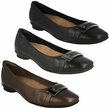 SALE CANDRA GLARE LADIES CLARKS LEATHER BUCKLE WIDE FITTING SLIP ON PUMP SHOES