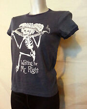 ALTERNATIVE APPAREL T SHIRT WHITE WAITING FOR MR RIGHT SKELETON NAVY RINGER TEE