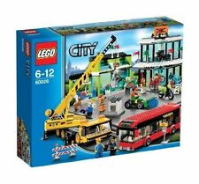 LEGO City 60026 Town Square Brand New & Sealed