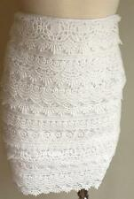 NWT WHITE HOUSE BLACK MARKET Tiered Lace Pencil Skirt 00