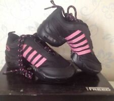 Black and pink Freed childs low profile split sole jazz dance sneakers -  KSNKR
