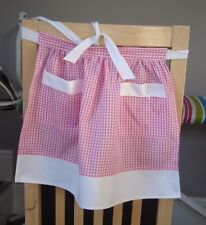 CHILDRENS PINK AND WHITE GINGHAM DESIGN HALF APRON / PINNY