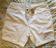NWT Mainstreet Blues Classic Style Jeans or Shorts 26W Plus Size