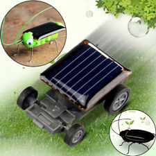 Solar Power Energy Frightened Crazy Grasshopper cockroach Locust Insect Car Toy