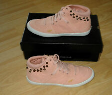 NEW LADIES GIRLS HENLEYS CEDAR TRAINERS PLIMSOLLS CANVAS BOOTS SIZE 5 EURO 38