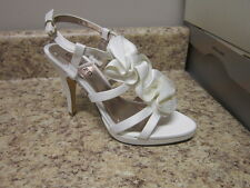 Unlisted Kenneth Cole All Natural Dress Sandal White New in Box