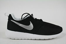 599728-007 Nike Roshe Run (GS) BLACK/METALLIC SILVER-WHITE AUTHENTIC