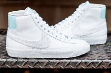 NIKE WOMENS BLAZER MID SUEDE PRINT LEATHER SHOES WHITE GREY 586304 103