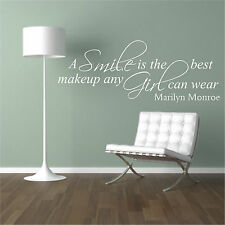 """Marilyn Monroe """"A smile is the best makeup any girl can wear"""" Quote wallsticker"""