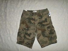 GAP CAMO CARGO SHORTS MENS SIZE 29 SITS BELOW THE WAIST ZIP FLY NEW WITH TAGS