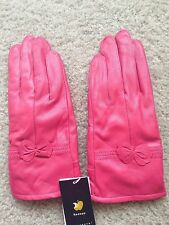 Lambskin leather gloves for women