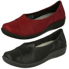Ladies Clarks Shoes Style - Sillian Intro