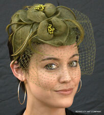 "NEW Kentucky Derby ""British Wedding"" Fascinator w/ Veil Sinamay Flowers Feathers"