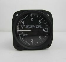 United Instruments Vertical Speed Indicator 7040 C.28 Aircraft VSI 0-4000 FT