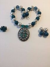 Turquoise and Silver Tone Chunky Bubblegum Bead Western Necklace Set with Cross