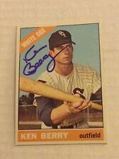 1966 Topps 127 Ken Berry Autographed Auto Signed Card