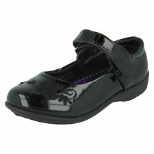 Girls Spot On Black Patent Shoes with Butterfly Stitch Detail H2237