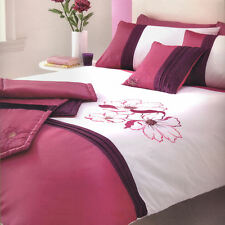 Amelia Magenta Pink Plum Duvet Quilt Bedding Bed in a Bag Cushion Cover Runner