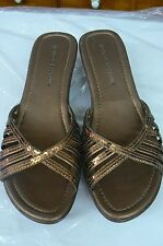 WOMEN'S SHOES BY MONTEGO BAY CLUB SIZE 8