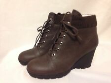 "Kenneth Cole Reaction ""Greet Jeans"" Ankle lace Up Booties Brown New in Box"