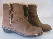 New UGG Australia Womens Brown Suede Leather Comfort Fashion Caspia Boots $185