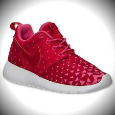 Girls' Grade School Nike Roshe Run Shoes Gym Red/Black/Vivid Pink 599729 602
