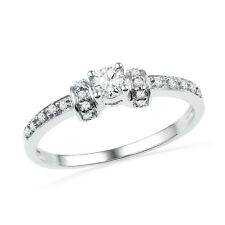 1/4 CT. T.W. Diamond Engagement Ring in 14k White Gold