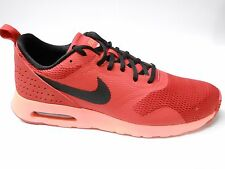 NIKEiD AIR MAX TAVAS MENS SIZE 9.5 RED RUNNING TRAINERS SHOES NEW GYM RRP £110/-