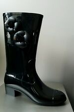 CHANEL ICONIC CLASSIC ALL BLACK LOGO CAMELLIA FLOWER AMAZING RUBBER BOOTS EU 41