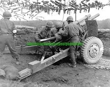Army 105 mm Howitzer M2A1 M101 Photo Military Black n White WW2 Gun Artillery