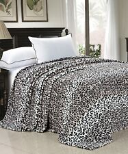 Animal Instinct Snow Leopard Zebra Giraffe Flannel Fleece Blanket Throw Queen